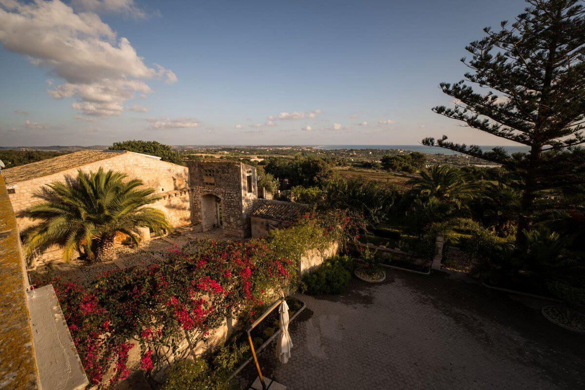 Widok z tarasu Villa Barone Alfieri